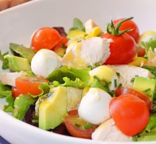 Köstlicher reinigender Salat gegen Blähungen
