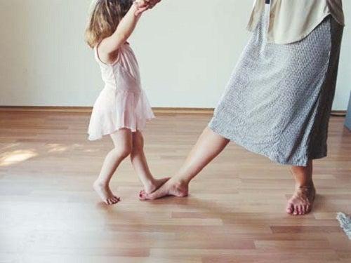 Eine späte Schwangerschaft beeinflusst die Gesundheit der Eierstöcke