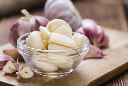 Knoblauch auf nüchternen Magen essen