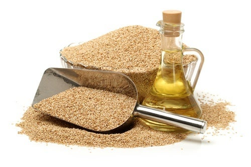 Sesamöl - Pflanzenöl für schöne Haare