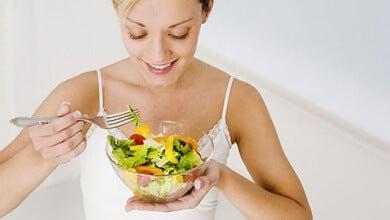 Jojo-Effekt mit ausgewogener Ernährung vermeiden