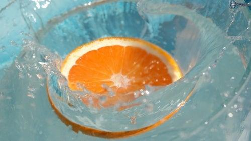 orange-wasser