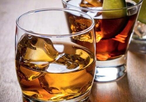 Schlecht für deine Nieren: übermäßiger Alkoholkonsum