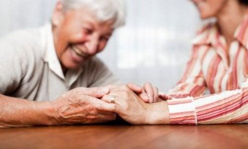 Helfersundrom - Frau hilft anderen und vergisst sich selbst