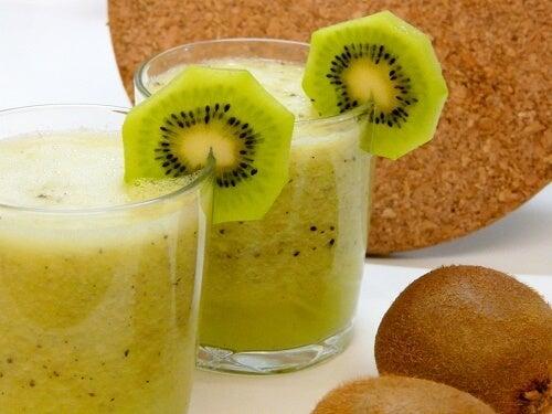Kiwi für schöne Wimpern