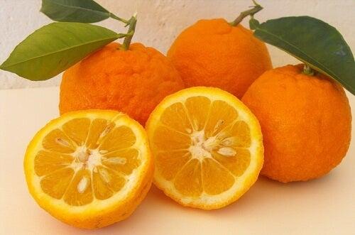 Orangen: nicht nur im Winter gesund! 2 leckere Rezepte