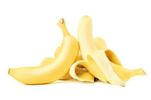 16 verschiedene Möglichkeiten, Bananenschalen zu verwenden