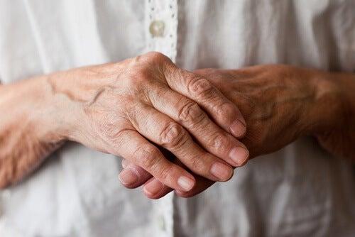 7 Schritte, um besser mit Rheuma zu leben