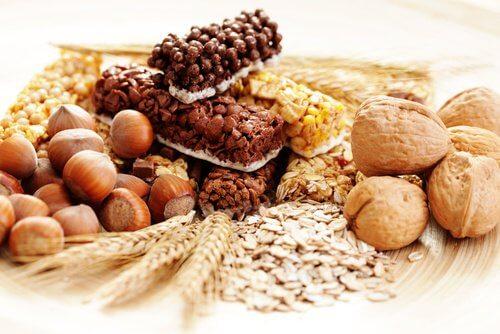 abführende und entwässerndeLebensmittel Lebensmittel mit Ballaststoffen