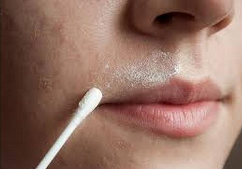 Hausmittel gegen Gesichtsbehaarung und für schöne Haut