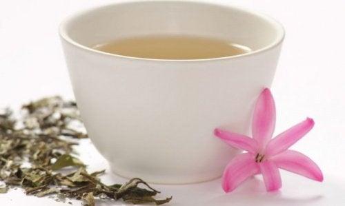 Weisser-Tee