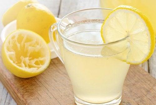 Zitronenwasser3
