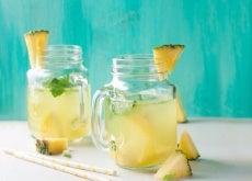 Ananaswasser-gegen-Wassereinlagerungen