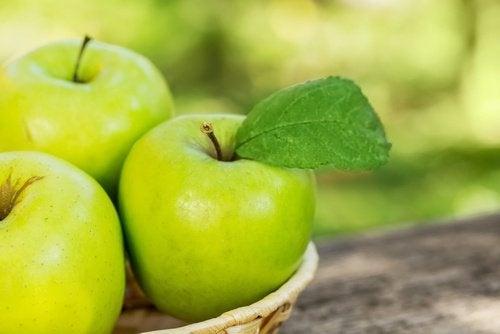 Apfel gegen Bluthochdruck und Cholersterin