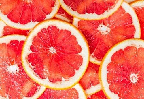 Grapefruit zum Frühstück