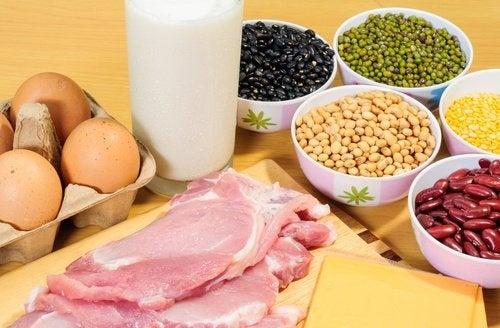 Proteine gegen schlaffe Haut nach dem Abnehmen