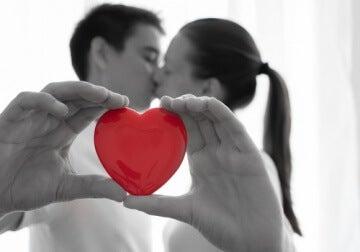 Vertrauen und Liebe durch kleine Liebesbeweise