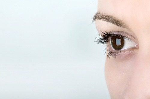 Karotte-Augen
