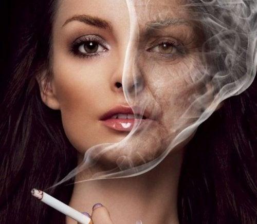 Rauchen führt zu Falten