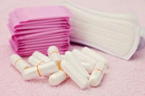 Tampons und Juckreiz lieber Menstruationstassen verwenden