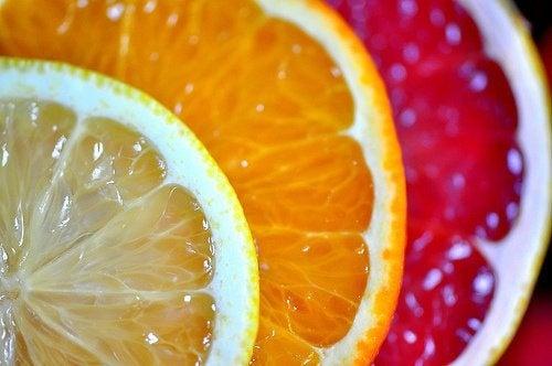 Glasreiniger aus Zitrusfrüchten