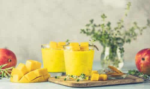 3 antioxidantienreiche Kurkuma-Smoothies, die dich begeistern werden!