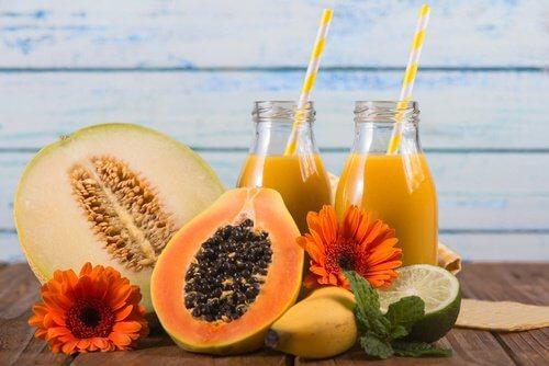 Honigmelone, Ananas und Papaya zum Abnehmen