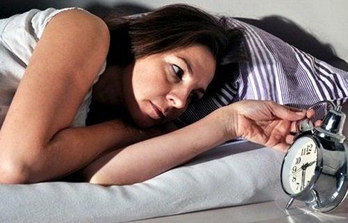 Schlafstörung aufgrund von Infektion mit Parasiten