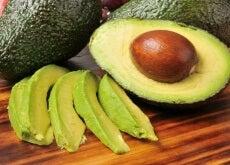 Was-geschieht-mit-den-Cholesterinwerten-wenn-wir-1-Avocado-am-Tag-essen