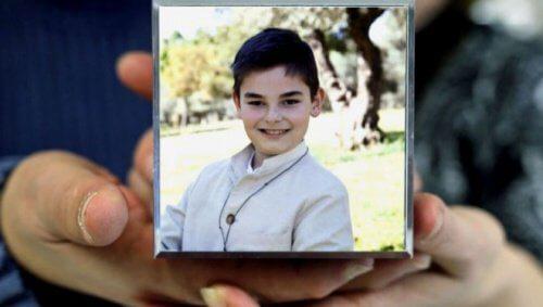 """""""Ich halte die Schule nicht länger aus"""". 11-jähriges Kind begeht Selbstmord wegen Bullying"""