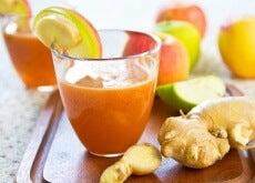 Getränk mit Kurkuma und Ingwer