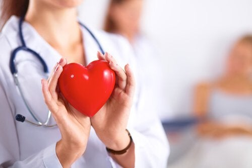 Herz-Augenblutungen
