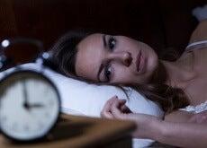 Nutze-die-Heilkraft-dieses-Getränkes-gegen-Schlaflosigkeit