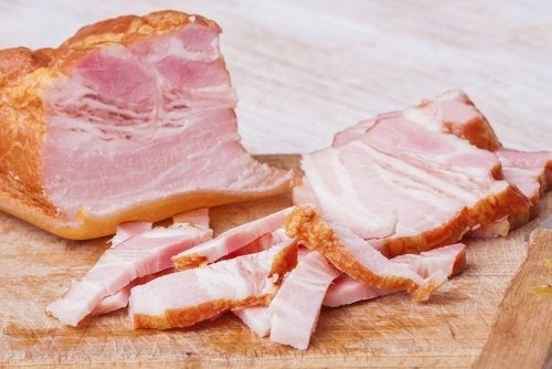 Fetthaltige Nahrungsmittel schaden der Leber