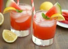 Schmackhafter-Smoothie-mit-Wassermelone-gegen-Blähungen