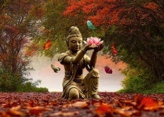 Statue_Lotus