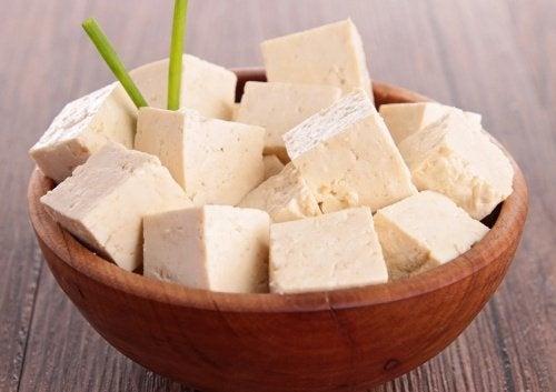 Tofu gegen Symptome der Wechseljahre