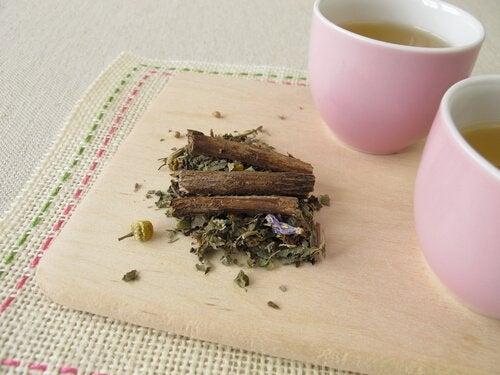 Zubereitung eines entzündungshemmenden Tees