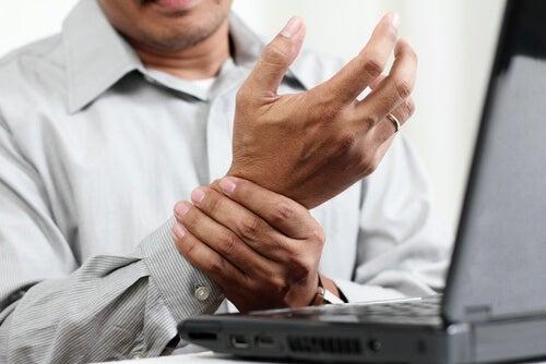 schmerzende Hände