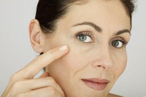 Hautpflege-gegen-Falten