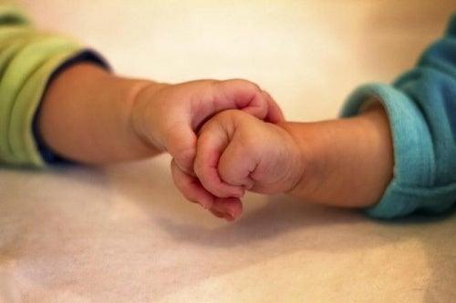 In Spanien werden zwei Kinder ohne Brustkrebs Gen geboren