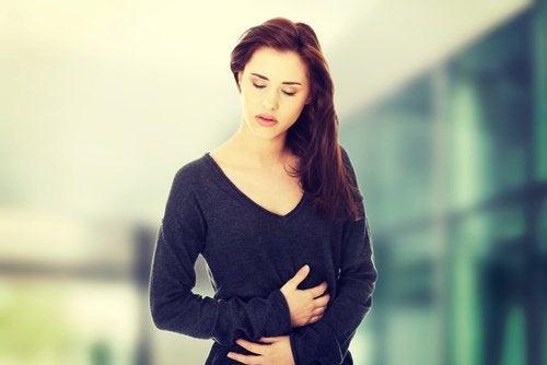 Symptome von Leberkrebs: Bauchschmerzen