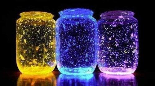 Dekoratives Leuchtglas selber machen