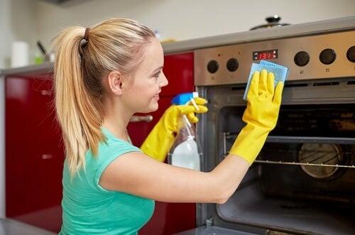 10 zeitsparende Tipps fürs Putzen der Küche - Besser Gesund Leben