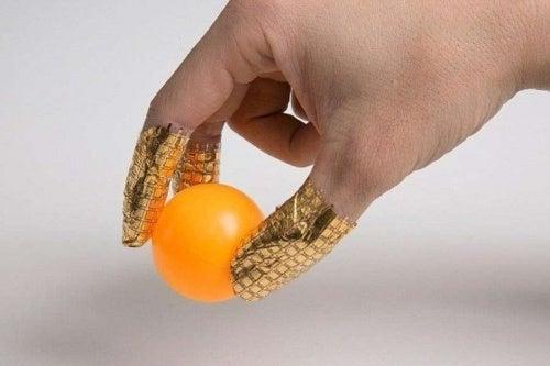 Brustkrebs: Handschuhe mit Sensoren zur Früherkennung erfunden!