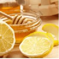 3 Hausmittel mit Zitrone gegen Gicht