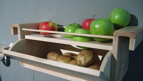 Kartoffeln und Äpfel lagern gegen Lebensmittelverschwendung