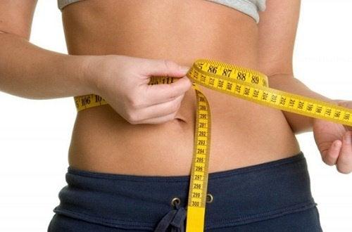 Bauchfett kontrollieren für die Gesundheit