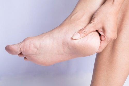 Fersensporn: wie vorbeugen und behandeln?