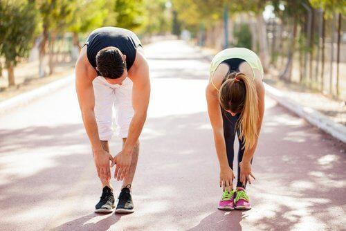 Gymnastik gegen Ischias-Schmerzen